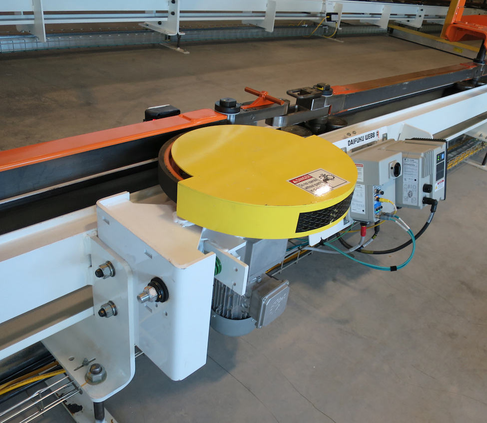 friction conveyor for paint system